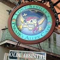 Pirates-Ally-Cafe-sign