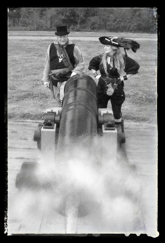 Cannon smoke - Gunner & QM